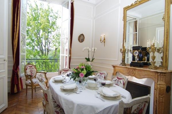 Parisian Dining Room On Ile Saint Louis