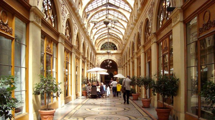 Galerie Vivienne, Paris, beautiful arcade to visit on your Paris walk.