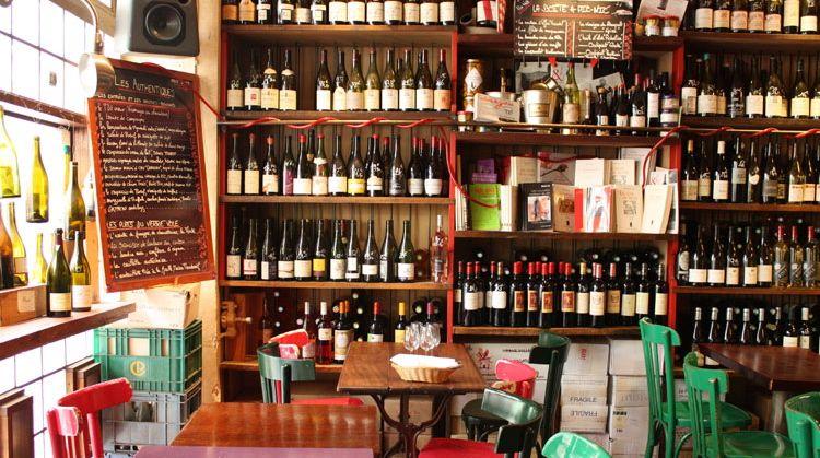 wt-wine-tasting-paris-verre-vole