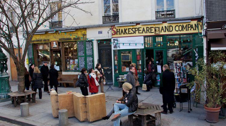wt-paris-shakespeare-co-bookshop