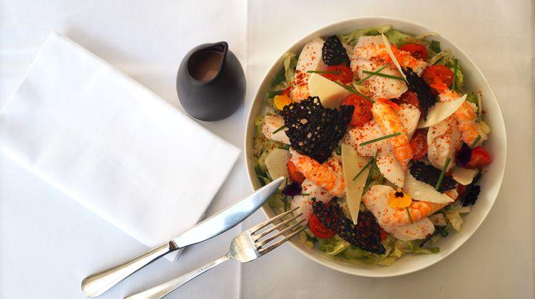 wt-marloe-table-setting-paris-restaurant
