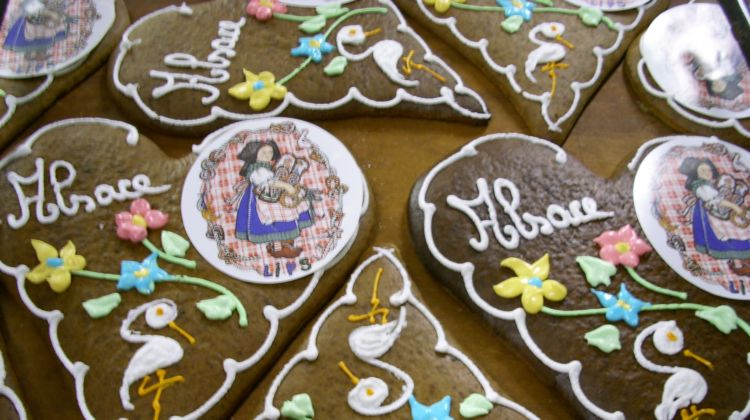 Christmas Day In France.Christmas Traditions In France Saint Nicolas Day