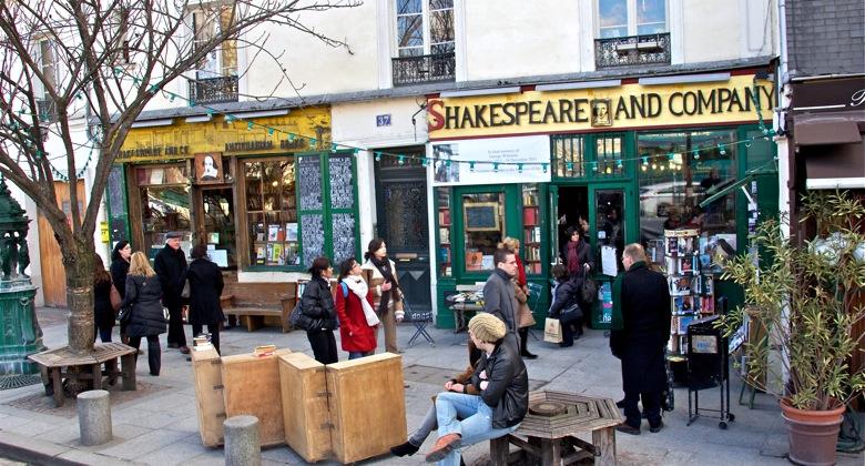 Shakespeare & Co Bookstore, Paris, Wikipaedia Commons, 37 Rue de la Bûcherie, 75005 Paris