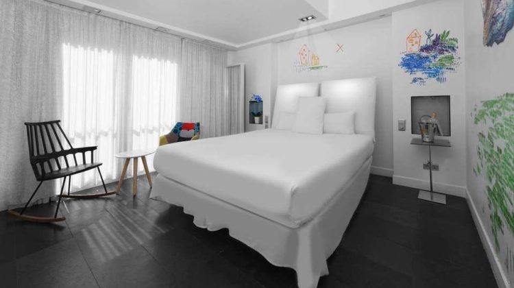 Hotel 1K Paris, Room & Bed