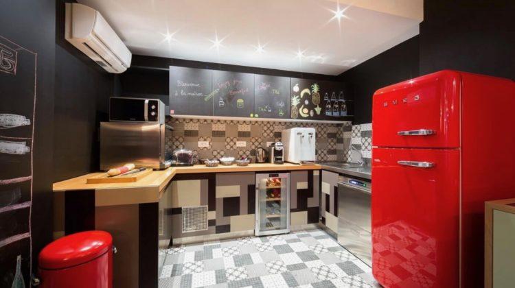 Hôtel Crayon Paris, Kitchen