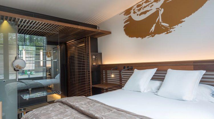 Off Paris Seine, Room
