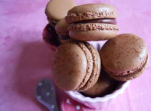 A baking class devoted to the macaron